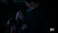 Teen Wolf Season 3 Episode 3 Fireflies Tyler Posey Scott McCall saves kids