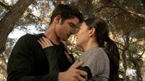 Teen Wolf Season 3 Episode 19 Letharia Vulpina Scott catches Kira