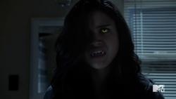 Teen Wolf Season 5 Episode 7 Strange Frequencies Hayden transformed.png