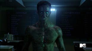 Ryan-Kelley-Parrish-green-hellhound-eyes-Teen-Wolf-Season-6-Episode-10-Riders-on-the-Storm