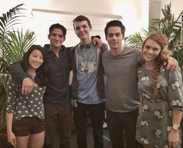 Teen Wolf Season 5 Behind the Scenes Arden Cho Matt Lynch Dylan O'Brien Tyler Posey Holland Roden Eichen House 2 location 032715.jpg