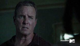 Linden-Ashby-Teen-Wolf-Season-6-Episode-Blitzkrieg-Sheriff-Finds-Stiles-Room-Wiki