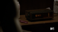 Teen Wolf Season 3 Episode 6 Motel California Boyd's Radio and Room Key