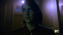 Teen Wolf Season 5 Episode 15 Amplification Coyote eyes
