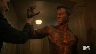 Teen Wolf Season 5 Episode 16 Lie Ability Corey grabs Parrish