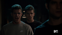 Teen Wolf Season 3 Episode 19 Letharia Vulpina Twins Get Growly