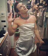 Teen Wolf Season 5 Behind the Scenes Ryan Kelley in drag 090415