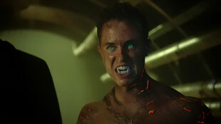 Ryan-Kelley-Parrish-Hellhound-green-eyes-Teen-Wolf-Season-6-Episode-8-Blitzkrieg