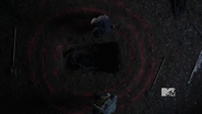 Glow when Stiles removes wolfsbane rope