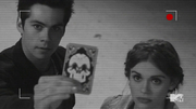 Teen Wolf Season 4 Episode 1 The Dark Moon Stiles and Lydia enter the club.png