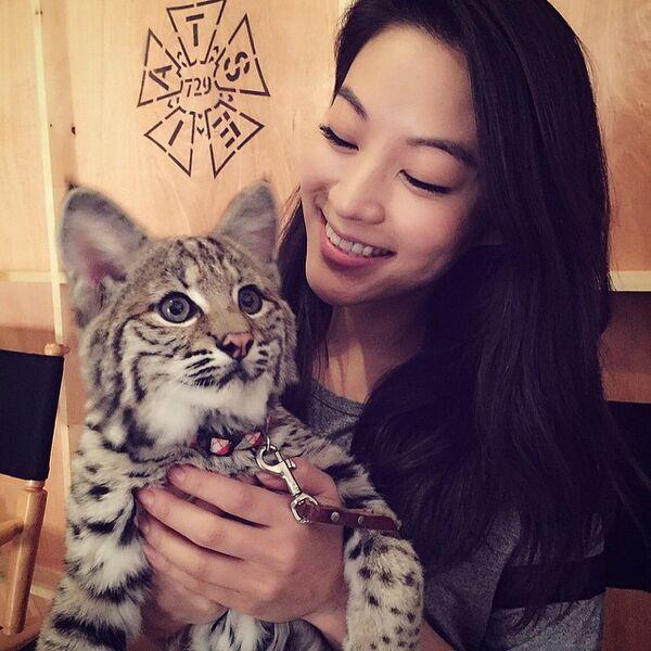 Teen Wolf Season 5 Behind the Scenes Arden Cho with bobcat 022315.jpg