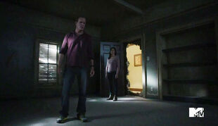Linden-Ashby-Joey-Honsa-Teen-Wolf-Season-6-Episode-Blitzkrieg-Sheriff-and-claudia-Stiles-Room-Wiki