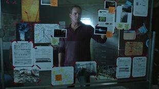 Linden-Ashby-Sheriff-Stilinski-completed-crime-board-Teen-Wolf-Season-6-Episode-8-Blitzkrieg