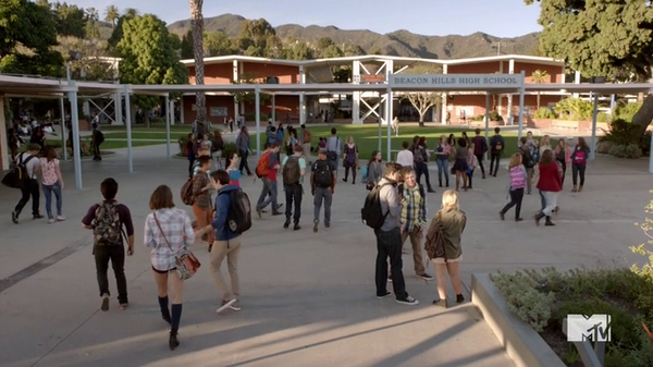Teen Wolf Season 5 Episode 3 Parasomnia Beacon Hills High School Exterior.png
