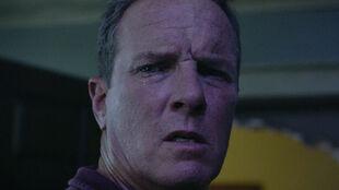 Linden-Ashby-Sheriff-Stilinski-sees-rift-Teen-Wolf-Season-6-Episode-8-Blitzkrieg