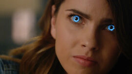 Shelley-Hennig-Malia-blue-eyes-Teen-Wolf-Season-6-Episode-3-Sundowning.jpg