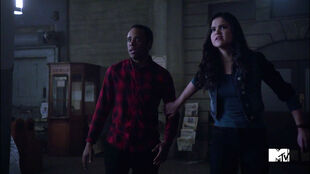 Khylin-Rhambo-Victoria-Moroles-Mason-and-Hayden-scared-Wild-Hunt-Teen-Wolf-Season-6-Episode-10-Riders-on-the-Storm
