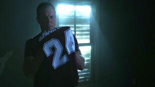 Linden-Ashby-Sheriff-Stilinski-with-Stiles'-jersey-Teen-Wolf-Season-6-Episode-7-Heartless