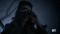 Teen Wolf Season 3 Episode 3 Fireflies Crystal Reed Allsion Argent scans the scene