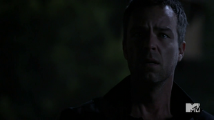 Teen Wolf Season 3 Episode 23 Chris Argent after Allison