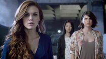 Teen Wolf Season 5 Episode 3 Dreamcatcher Lydia Finds An Other Wictim