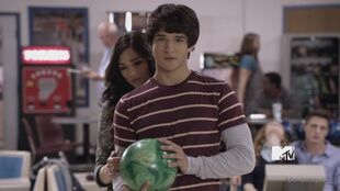Teen-Wolf-1x03-Pack-Mentality-scott-and-allison-23324991-600-337
