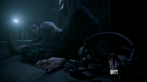 Teen Wolf Season 3 Episode 18 Riddled Stiles Left Foot Trap
