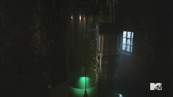 Teen-Wolf-Season-5-Episode-20-Apotheosis--empty-nazi-werewolf-tube.jpg