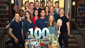 Teen-Wolf-Cast-with-100-Episode-Cake