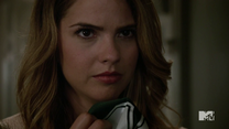 Teen Wolf Season 4 Episode 6 Orphaned Malia sniffs Brett's jersey
