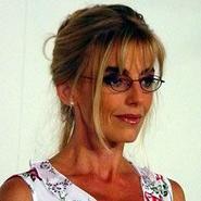 Adriana Vacarezza en Machos