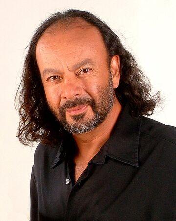 Alejandrocastillo actor1.jpg