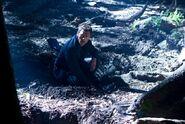 Terra Nova Vs Jim digging
