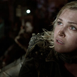 The-100-review.jpg