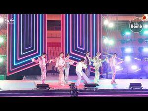 -BANGTAN BOMB- 'Dynamite' Stage CAM (BTS focus) @ 2020 AMAs - BTS (방탄소년단)