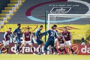Burnley v Arsenal (2020-21).10
