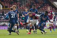 Burnley v Arsenal (2020-21).7
