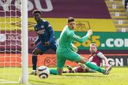 Burnley v Arsenal (2020-21).4