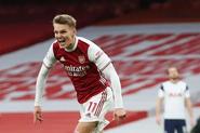Arsenal v Tottenham Hotspur (2020-21).11