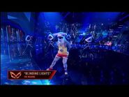 """Hammerhead Dances To """"Blinding Lights"""" By The Weeknd - Masked Dancer - S1 E4"""