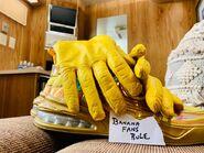 Banana's gloves