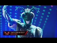 """Cricket Dances To """"This Is how We Do It"""" By Montell Jordan - Masked Dancer - S1 E4"""