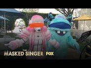 The Masked Singers Take On The Blindfold Challenge - Season 1 - THE MASKED SINGER