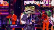 """Frog sings """"In Da Club"""" by 50 Cent THE MASKED SINGER SEASON 3"""