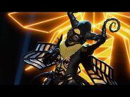 """Bee sings """"Chandelier"""" - THE MASKED SINGER - SEASON 1"""