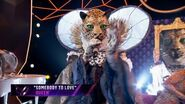 """Leopard sings """"Somebody to Love"""" by Queen - THE MASKED SINGER - SEASON 2"""