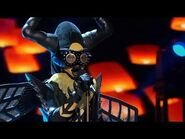 """Bee sings """"A Natural Woman"""" by Aretha Franklin - THE MASKED SINGER - SEASON 1"""