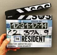 Behind The Scenes - Season Two - 2x04 Clapperboard