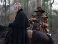 Salem-Promo-Still-S01E08-28-Increase Militia 01