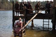 Salem-Promo-Still-S01E08-23-Dunking Chair Mab 02